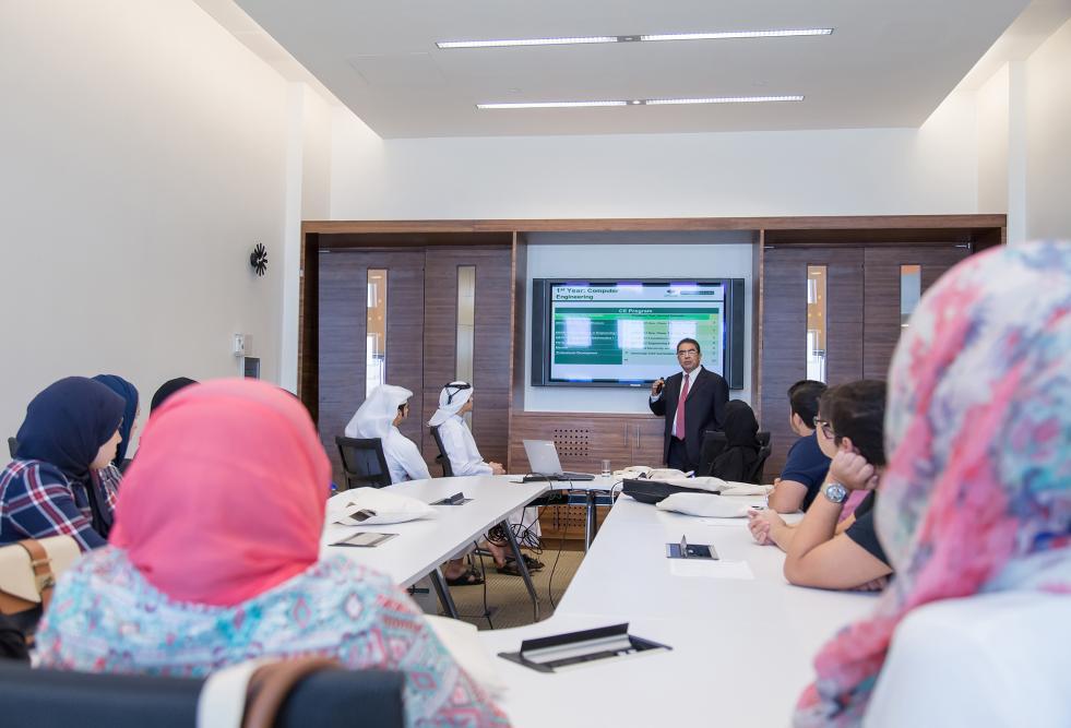 جامعة حمد بن خليفة تستضيف جلسة تعريفية لطلاب المرحلة الثانوية حول هندسة الحاسب الآلي